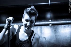 Carrie Rudzkinski returns to the Cantab Longe. Photo by Rich Beaubien.